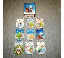 Новогодние игрушки в подарочной коробке